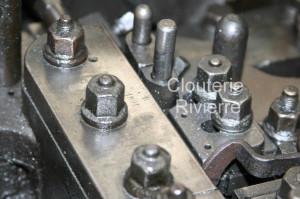 Un métier à clous Rivierre construit en 1891, toujours utilisé aujourd'hui pour la fabrication de semences de cordonnerie